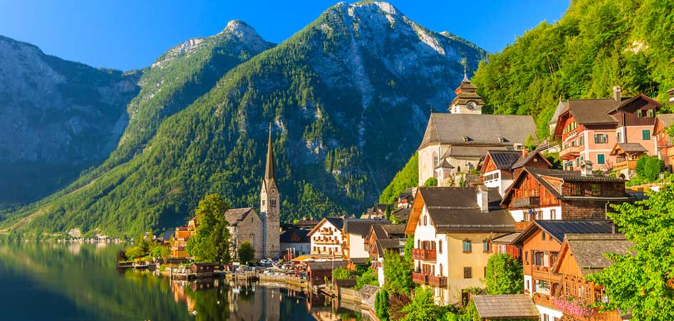 Travelibro Travel Blog Picturesque Villages Around The World Hallstatt Austria