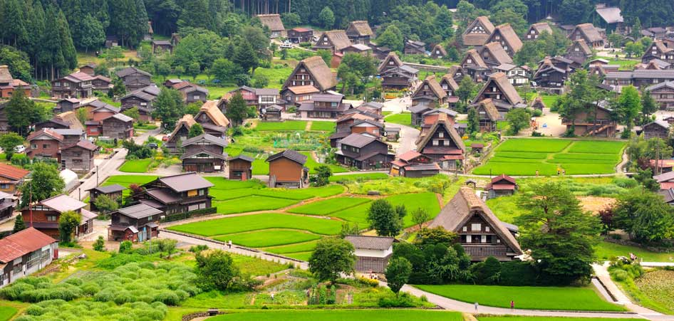 Travelibro Travel Blog Picturesque Villages Around The World Shirakawa Go Japan
