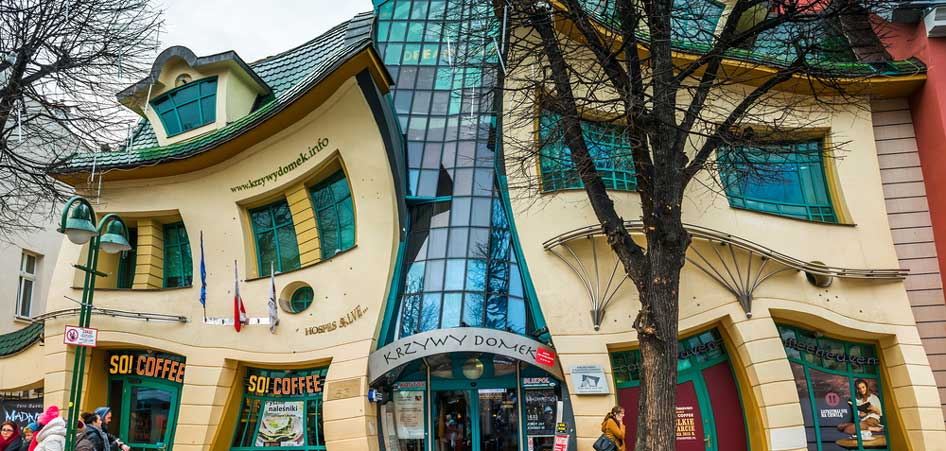 The Crooked House, Sopot, Poland, Ten Most Unusual Buildings From Around  the World