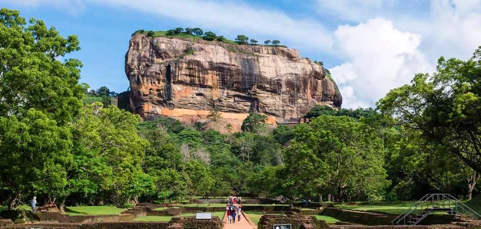 Sri Lanka, Top 10 Soul Searching Destinations of the World, TraveLibro Travel Blog