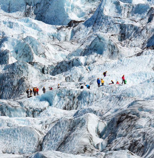 15 best glacier hikes in the world travelibro. Black Bedroom Furniture Sets. Home Design Ideas