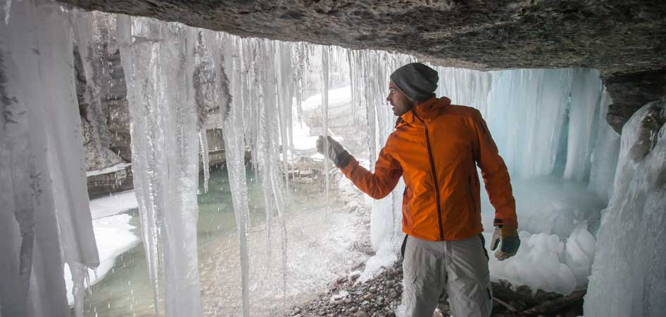Maligne Canyon Icewalk, Canada| 15 Best Glacier Hikes In The World | TraveLibro Travel Blog