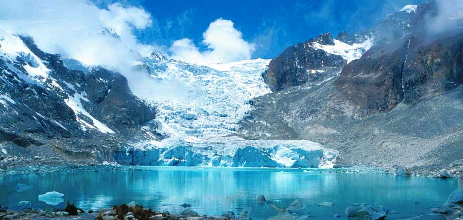 Laguna Glacier, Larecaja Province, Bolivia | 15 Best Glacier Hikes In The World | TraveLibro Travel Blog