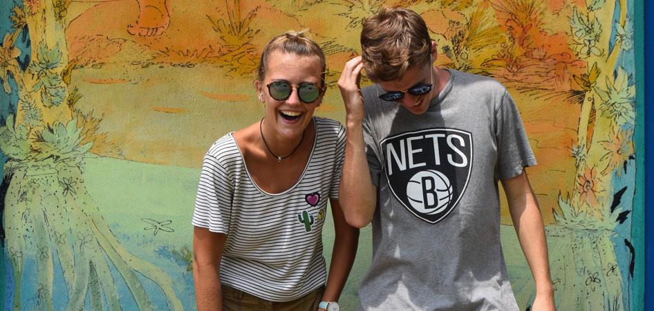 Travel Around The World With Charlie and Lauren | TraveLibro