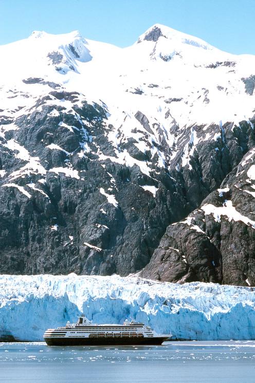 travelibro Canada Banff Jasper Lake Louise Vancouver Whistler Charismatic Canada & Astonishing Alaska AT04-03766.jpg