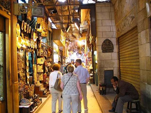 travelibro Egypt Cairo Private Tour: Visit Egyptian museum - Citadel of Saladin - Churches of St Sergio's - Hanging Church and Ben Ezra synagogue El_Bazar_de_Jan_El_Jalili.jpg