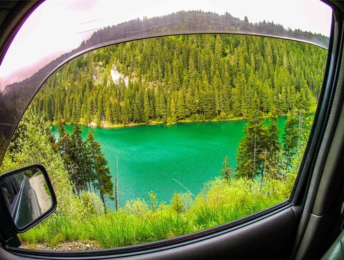 travelibro Romania Brasov Bucharest Off road adventure in the Carpathians Scopoasa-lake.jpg