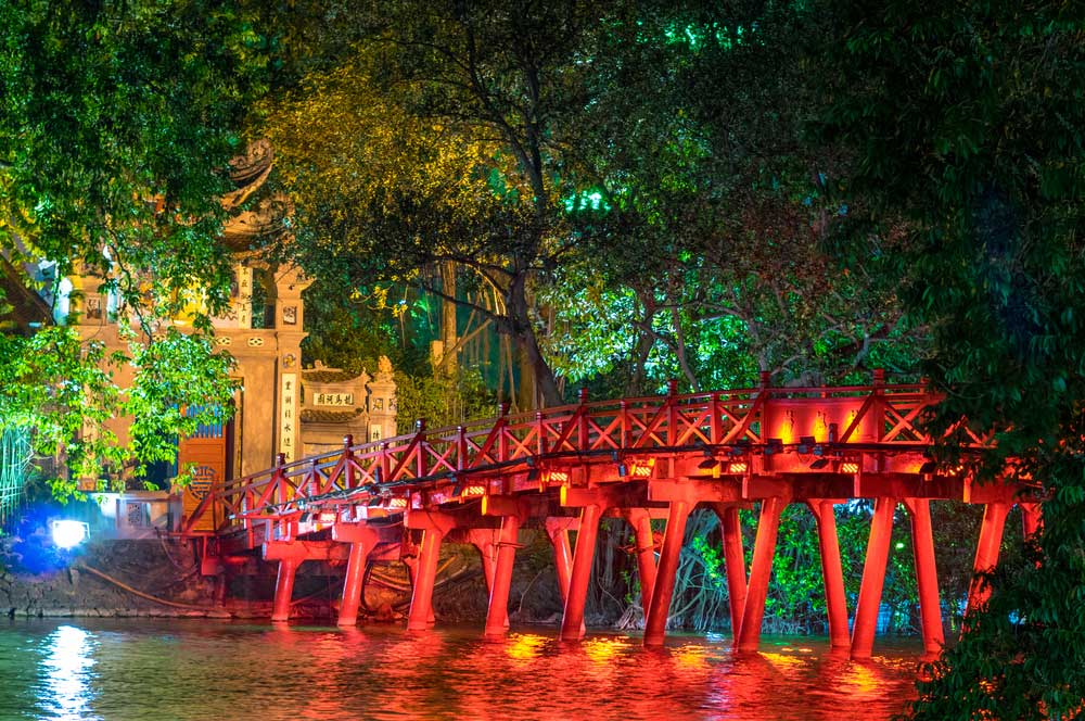 travelibro Vietnam Da Lat Hanoi Ho Chi Minh City Hoi An Hue Mui Ne Nha Trang Sa Pa Explore Vietnam Huc Bridge