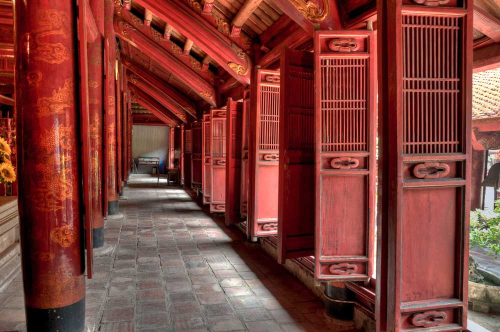 Temple of literature via onthegowithlynne.files.wordpress