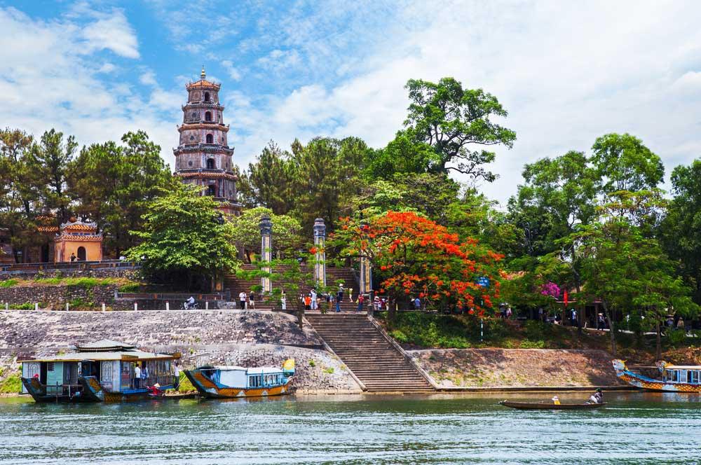 travelibro Vietnam Da Lat Hanoi Ho Chi Minh City Hoi An Hue Mui Ne Nha Trang Sa Pa Explore Vietnam Thiên Mụ Pagoda