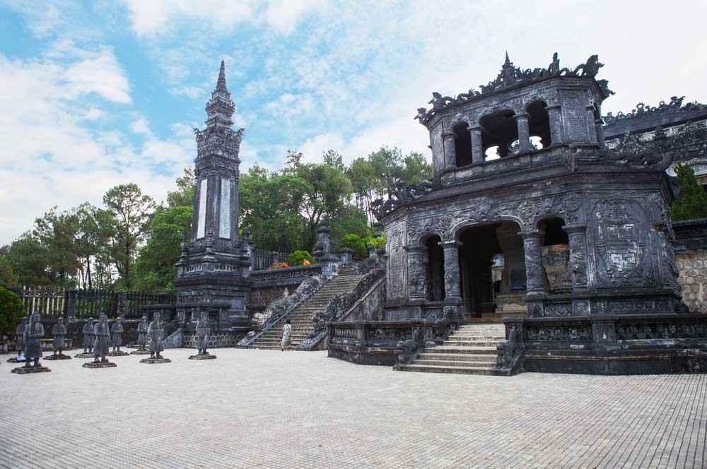 travelibro Vietnam Da Lat Hanoi Ho Chi Minh City Hoi An Hue Mui Ne Nha Trang Sa Pa Explore Vietnam Tomb of Khai Dinh