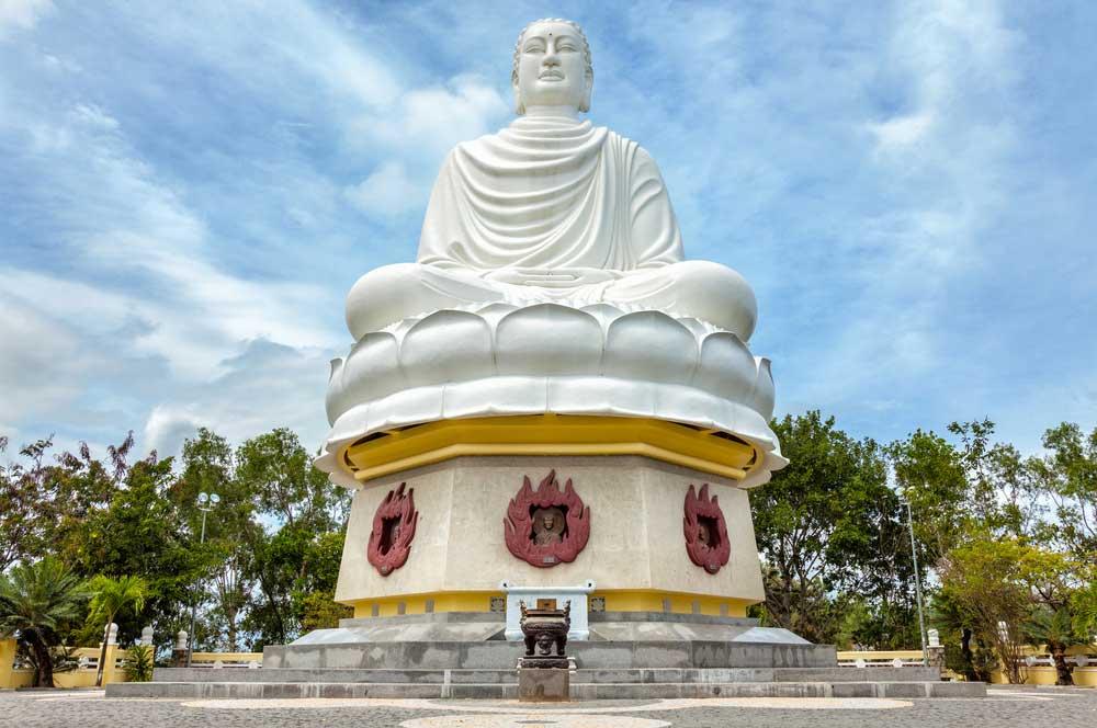 travelibro Vietnam Da Lat Hanoi Ho Chi Minh City Hoi An Hue Mui Ne Nha Trang Sa Pa Explore Vietnam Long Son Pagoda
