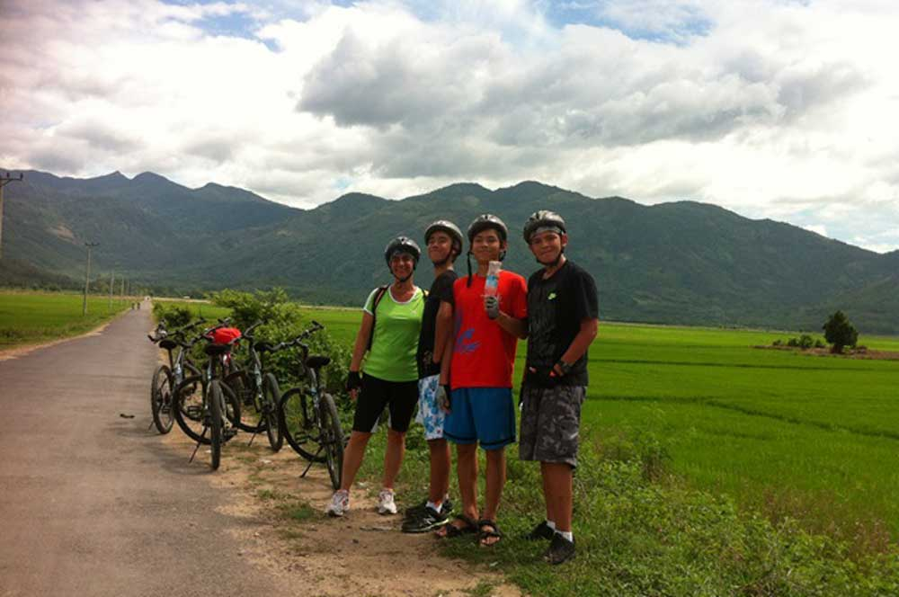 Nhatrang biking full day countryside via www.vietnambiketours