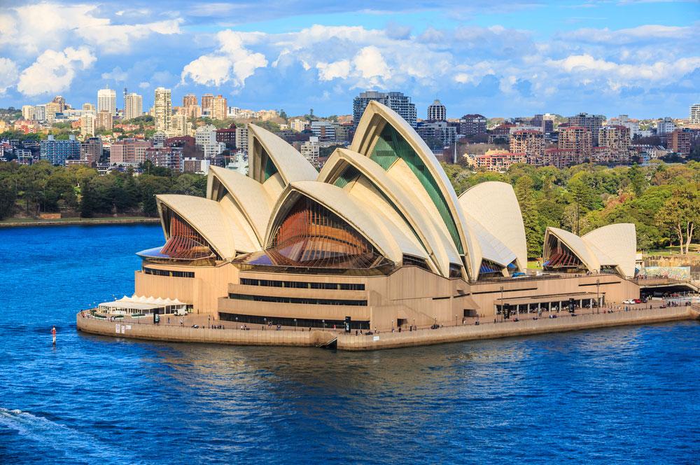 Sydney opera house tooykrub  shutterstock