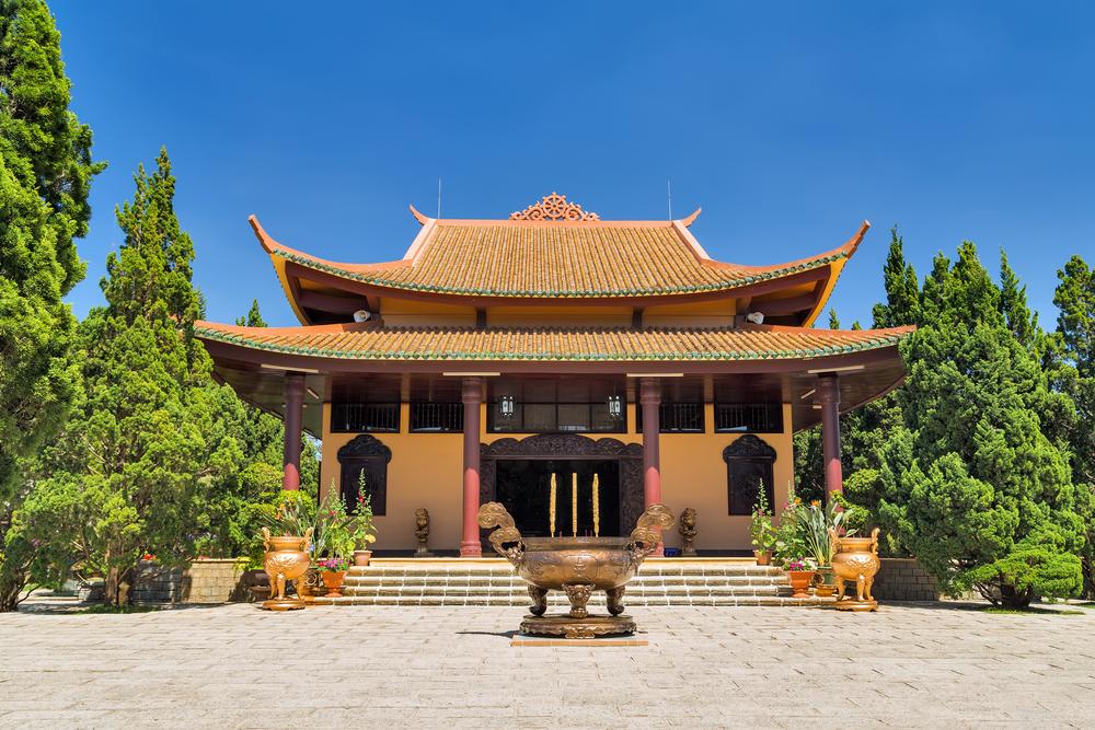 travelibro Vietnam Da Lat Hanoi Ho Chi Minh City Hoi An Hue Mui Ne Nha Trang Sa Pa Explore Vietnam Truc Lam Pagoda