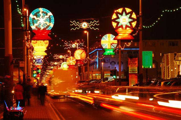 travelibro United Kingdom Blackpool Cumbria Edinburgh Glasgow London Torquay UK Family Blackpool Illuminations