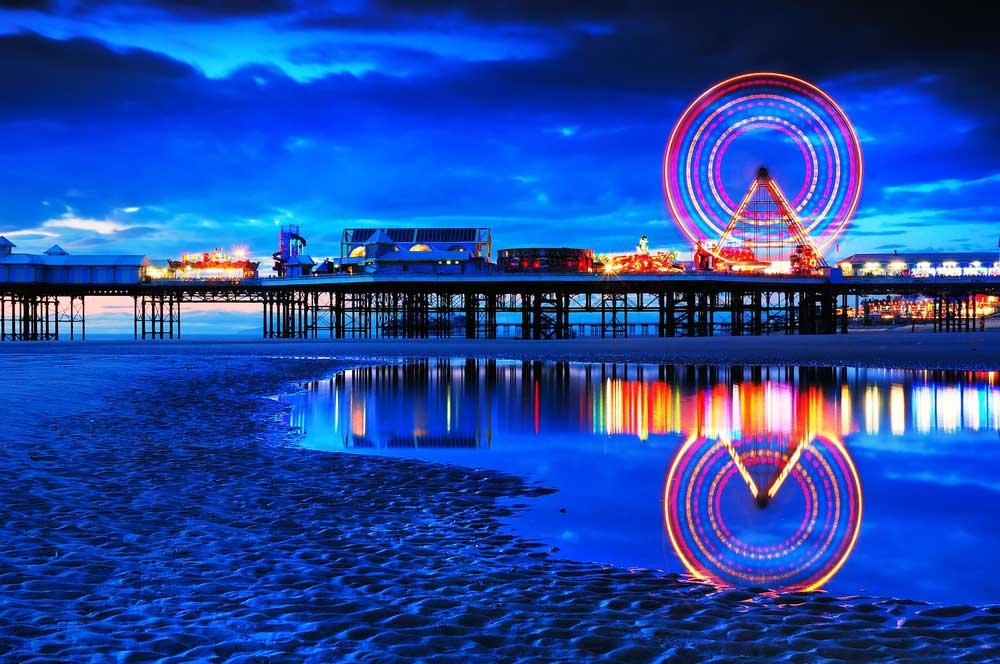 travelibro United Kingdom Blackpool Cumbria Edinburgh Glasgow London Torquay UK Family Blackpool Pleasure Beach