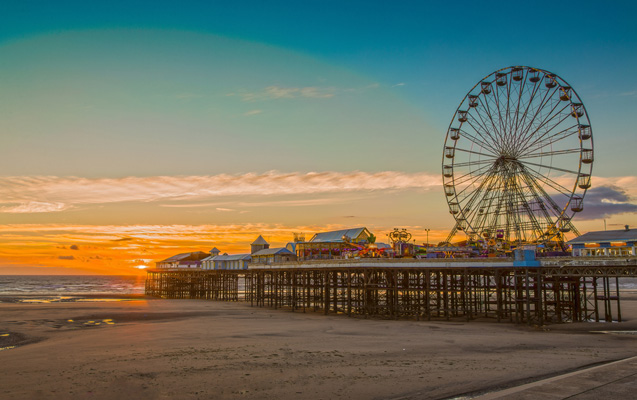 10 blackpool central pier