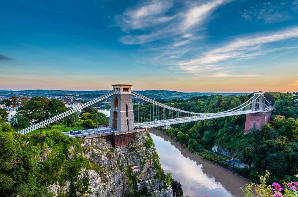 travelibro United Kingdom Bath Bristol Edinburgh Glasgow Great Milton London UK Luxury Clifton Suspension Bridge