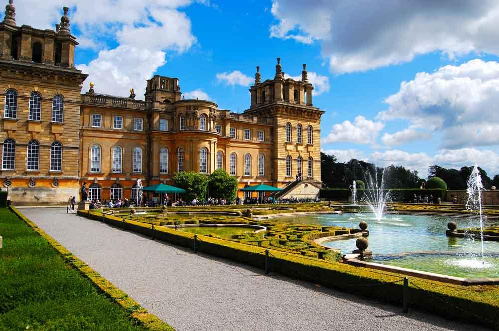 travelibro United Kingdom Bath Bristol Edinburgh Glasgow Great Milton London UK Luxury Blenheim Palace