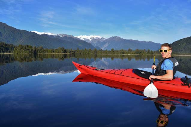 travelibro New Zealand Auckland Christchurch Franz Josef Queenstown Rotorua Wellington New Zealand Budget Kayaking