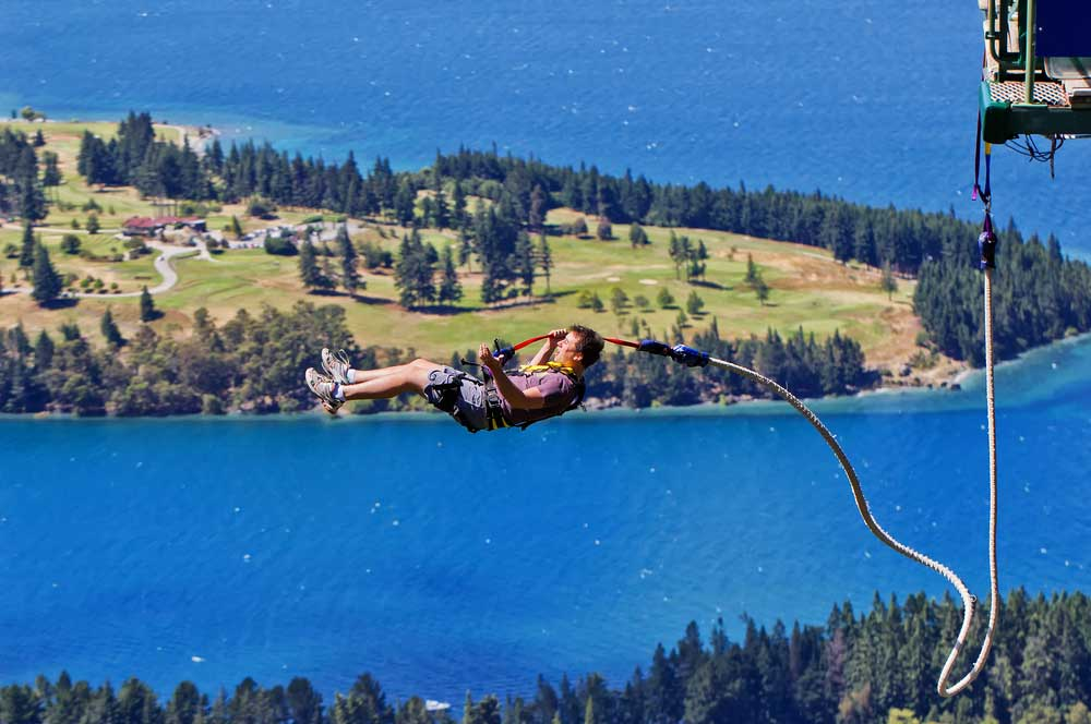 travelibro New Zealand Auckland Christchurch Franz Josef Queenstown Rotorua Wellington New Zealand Budget Bungy Jumping