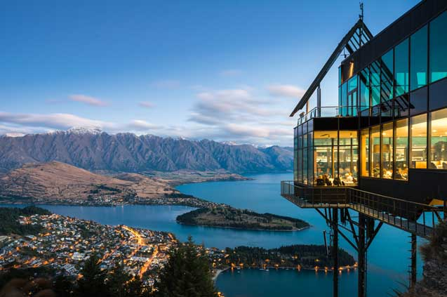 travelibro New Zealand Auckland Christchurch Dunedin Franz Josef Queenstown Rotorua Taupo Waitomo Caves Wellington NZ Backpacking Skyline Gondola & Stratosfare Queenstown Restaurant