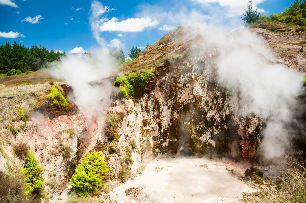 travelibro New Zealand Auckland Rotorua Taupo North New Zealand Craters of the Moon