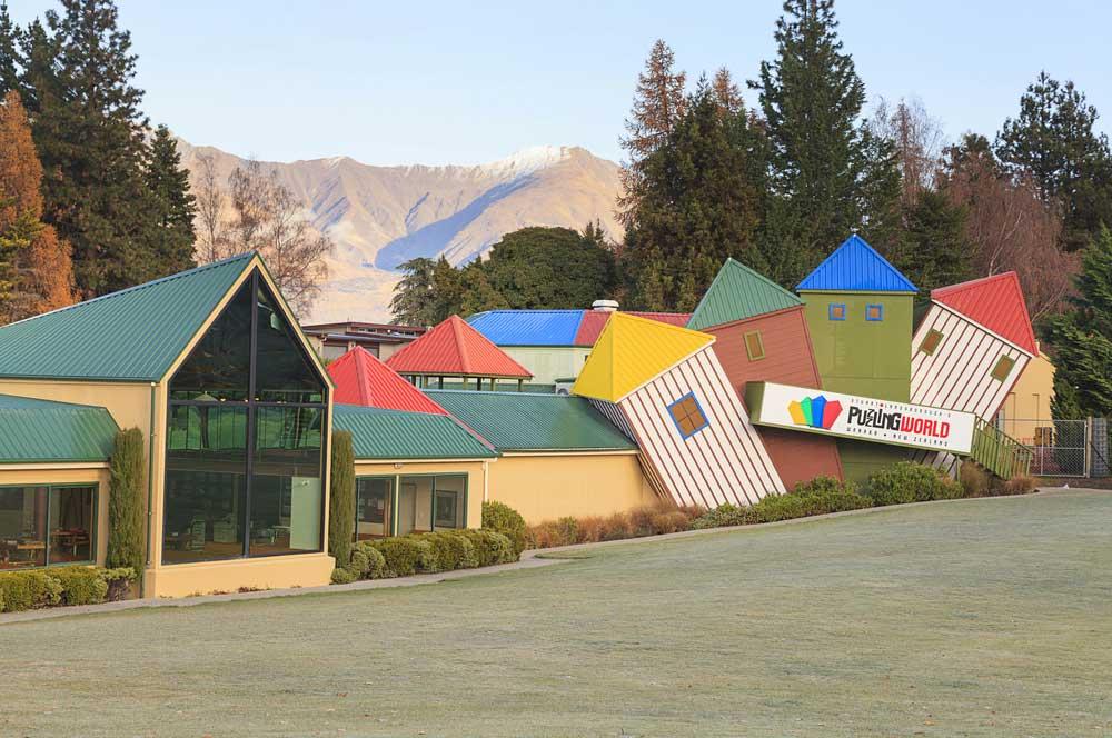 travelibro New Zealand Auckland Christchurch Franz Josef Queenstown Rotorua Taupo Wanaka Wellington Whitianga NZ Honeymoon Puzzling World