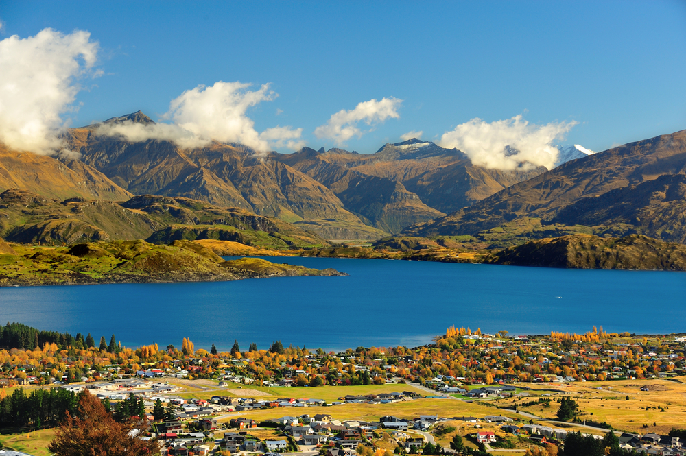 travelibro New Zealand Auckland Christchurch Franz Josef Queenstown Rotorua Taupo Wanaka Wellington Whitianga NZ Honeymoon Lake Wanaka