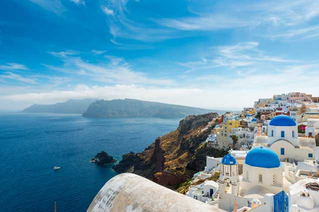 travelibro Greece Athens Crete Delphi Mykonos Santorini Thessaloniki Greece Backpacking Oia