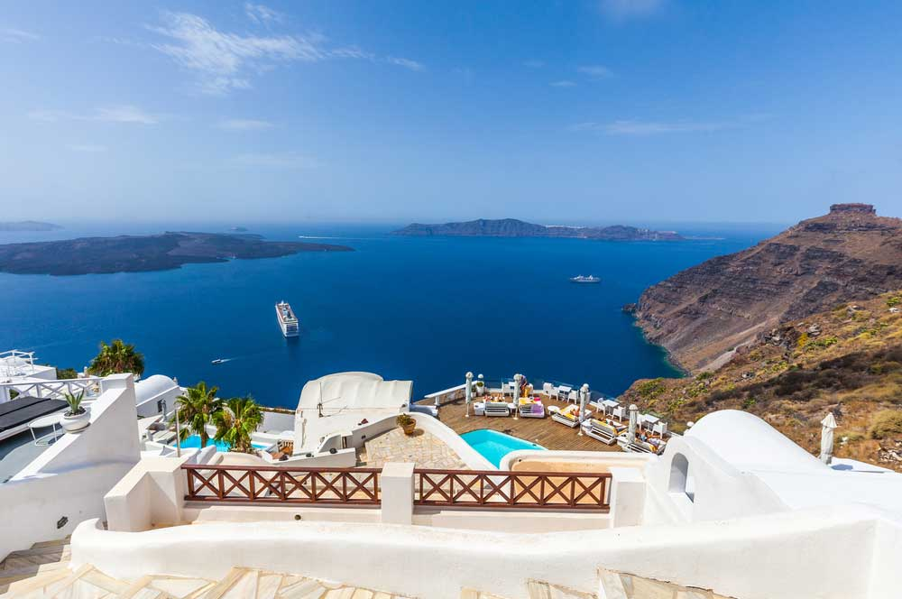 travelibro Greece Athens Crete Delphi Mykonos Santorini Thessaloniki Greece Backpacking  Imerovigli