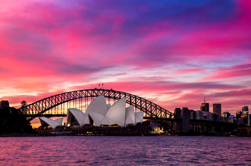 travelibro Australia Blue Mountains Cairns Daylesford Gold Coast Hamilton Island Melbourne Perth Pokolbin Sydney Yallingup Australia Honeymoon Sydney Opera House & Harbour