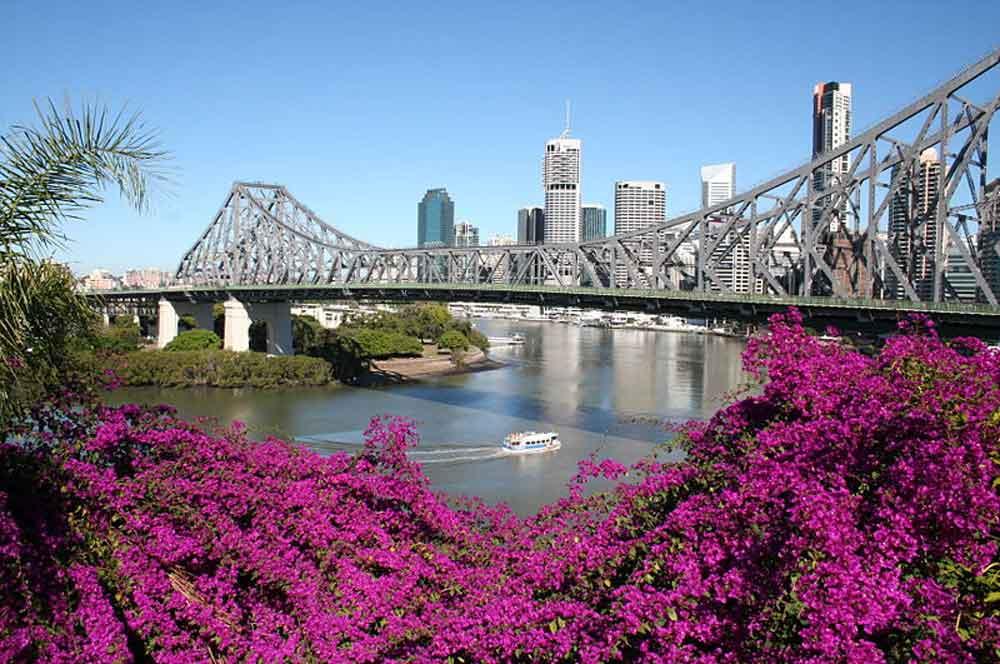 travelibro Australia Adelaide Brisbane Broome Darwin Gold Coast Melbourne Perth Sydney Whitsundays Australia Backpacking  Brisbane Story Bridge