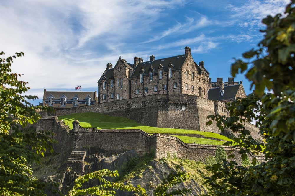 1.edinburg castle