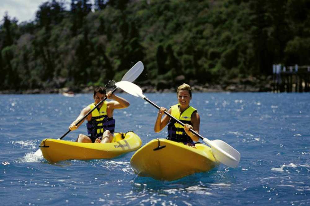 travelibro Australia Adelaide Cradle Mountain Daydream Island Gold Coast Kangaroo Island Melbourne Sydney Australia Family Kayaking