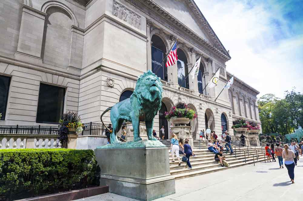 Art institute chicago maxym  shutterstock