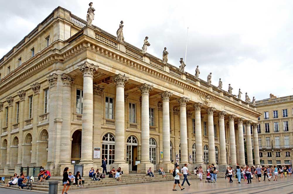 travelibro France Avignon Bordeaux Lille Lyon Marseille Nice Paris Strasbourg Toulouse France Backpacking Grand Théâtre de Bordeaux