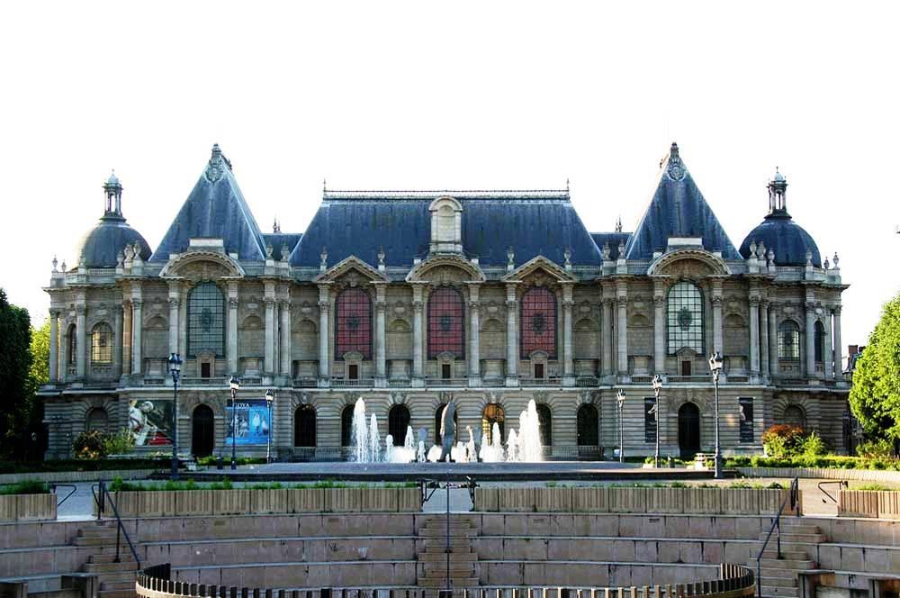 travelibro France Avignon Bordeaux Lille Lyon Marseille Nice Paris Strasbourg Toulouse France Backpacking Palais des Beaux-Arts