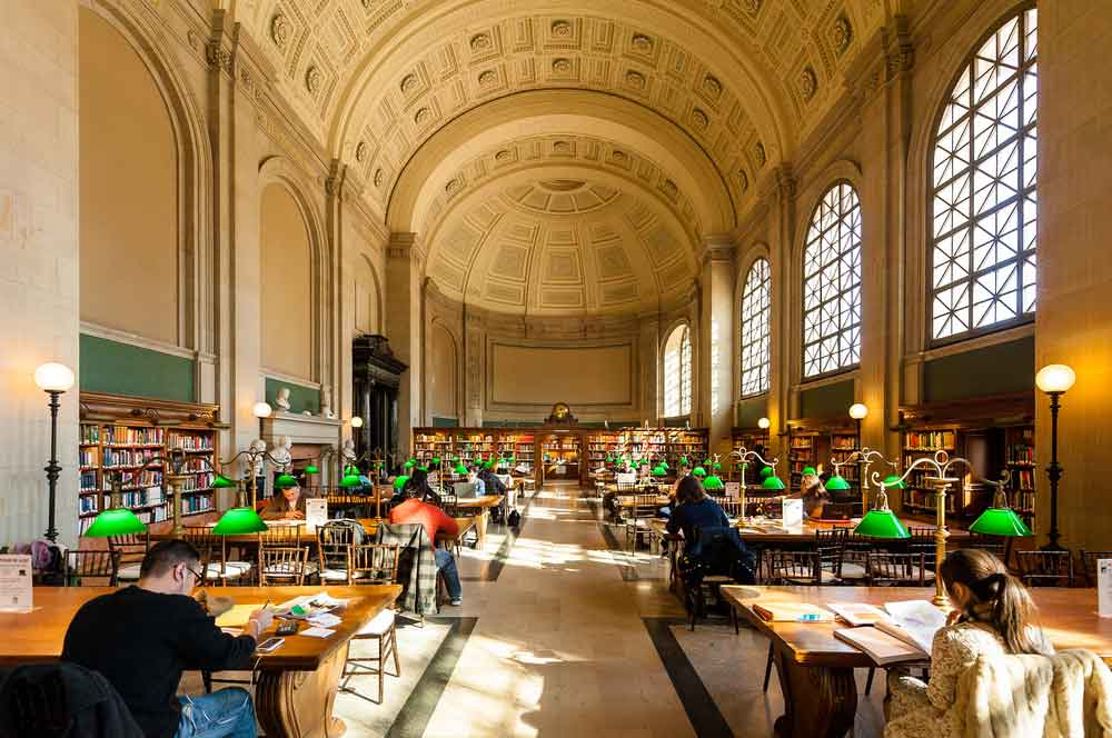 4.boston library julien hautcoeur  shutterstock