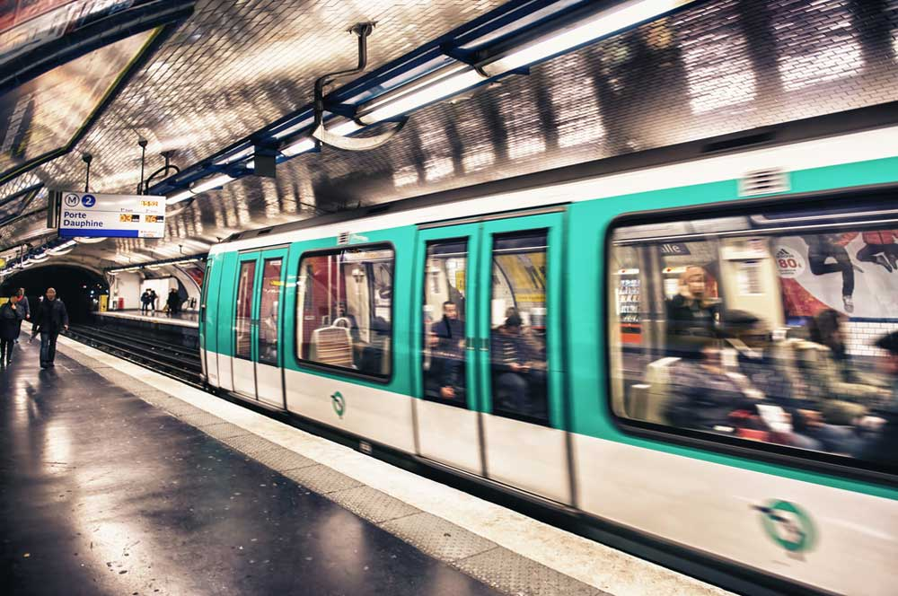 travelibro France Avignon Bordeaux Lille Lyon Marseille Nice Paris Strasbourg Toulouse France Backpacking Ride the Metro