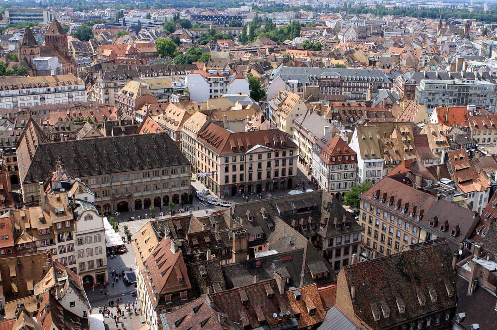 travelibro France Avignon Bordeaux Lille Lyon Marseille Nice Paris Strasbourg Toulouse France Backpacking View from the Cathedral Tower
