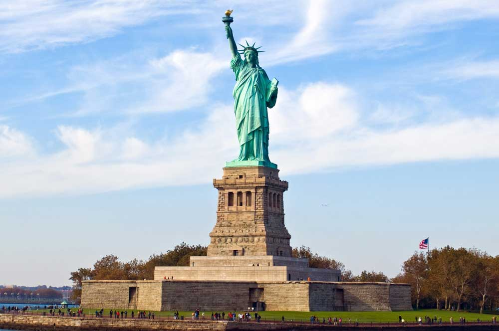 travelibro United States of America New York NYC - City of Love Statue of Liberty