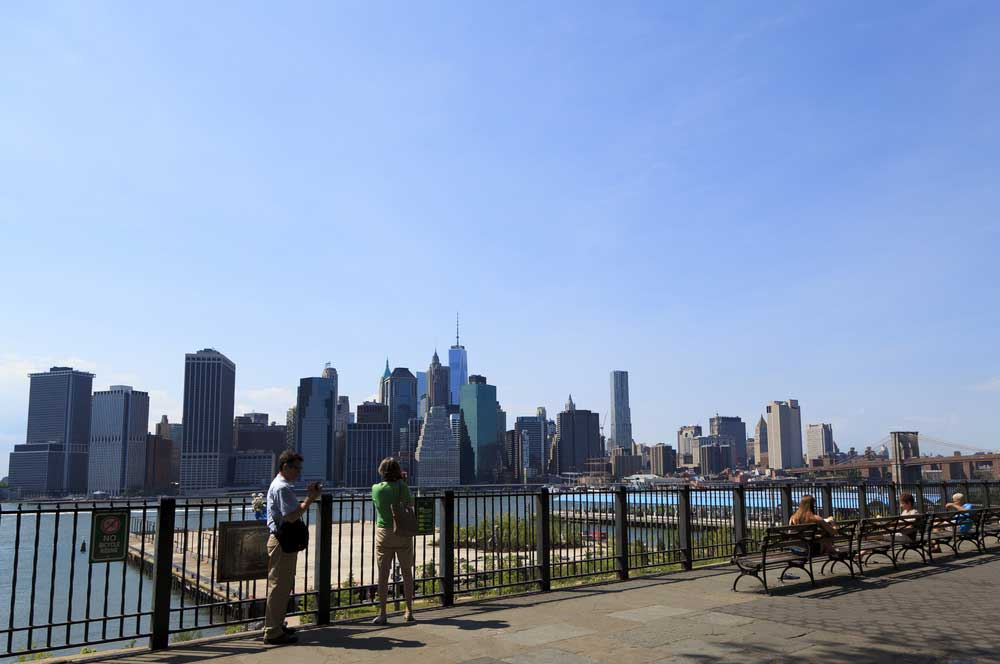 travelibro United States of America New York NYC - City of Love Brooklyn Heights Promenade
