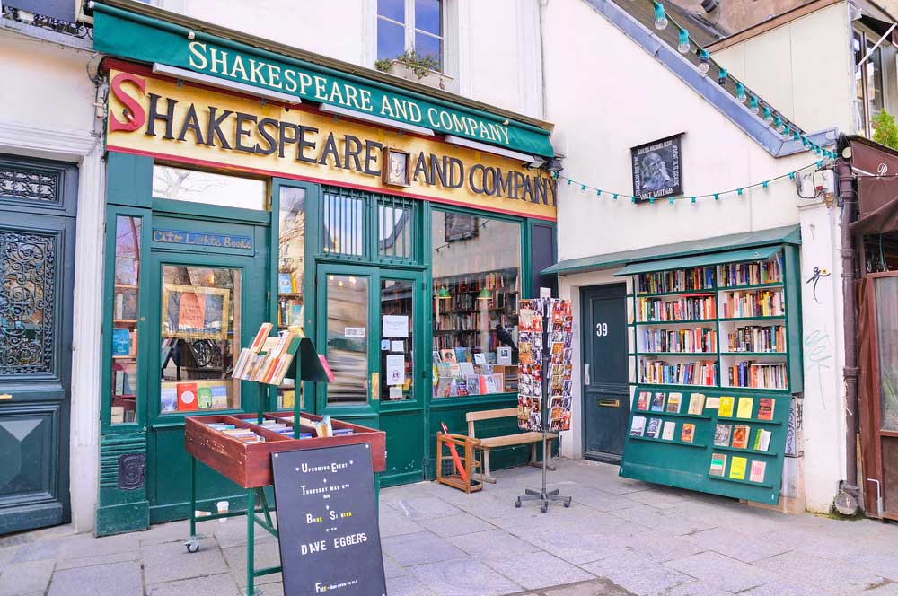 travelibro France Avignon Bordeaux Lille Lyon Marseille Nice Paris Strasbourg Toulouse France Backpacking Shakespeare & Co. Bookstore