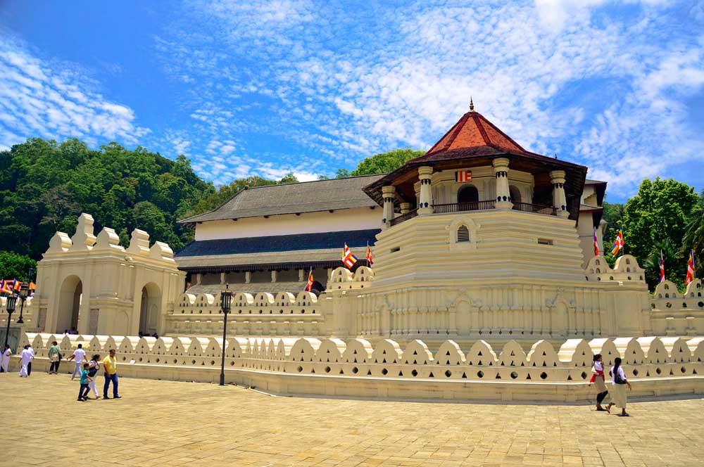 travelibro Sri Lanka Bentota Colombo Kandy Nuwara Eliya Sri Lanka Budget Temple of the Tooth
