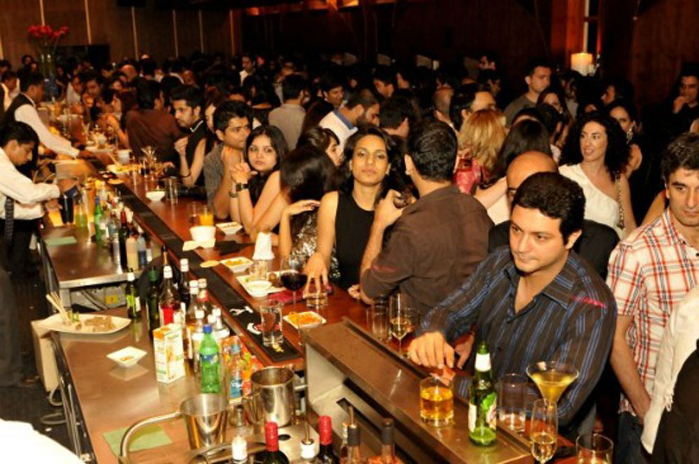 travelibro India Mumbai Aamchi Mumbai Nightlife of Mumbai