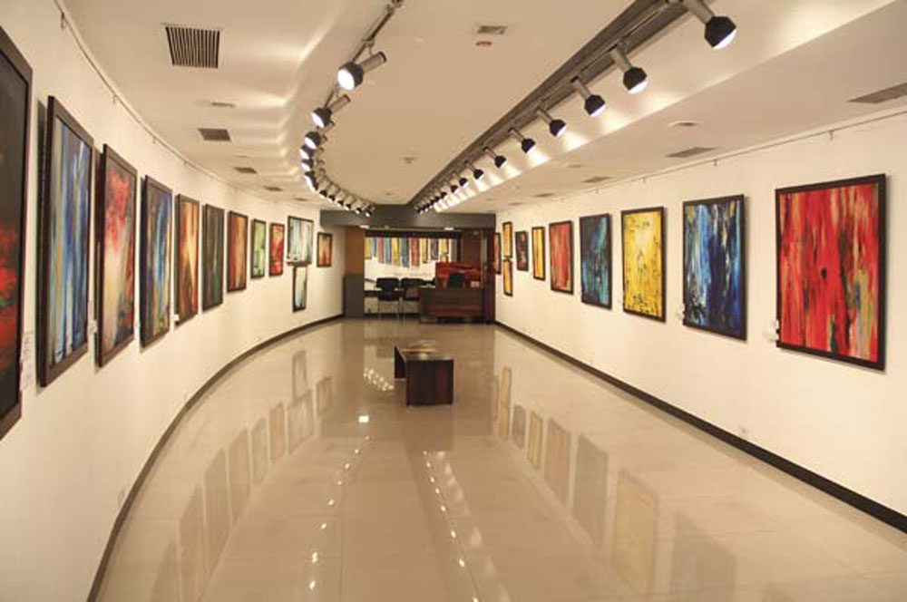 Jehangir art gallery bom via www.artistree.biz