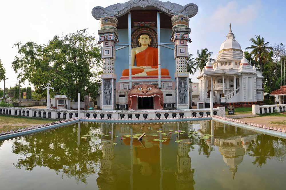 travelibro Sri Lanka Bentota Colombo Kandy Negombo Nuwara Eliya Sri Lanka Backpacking Angurukaramulla Temple