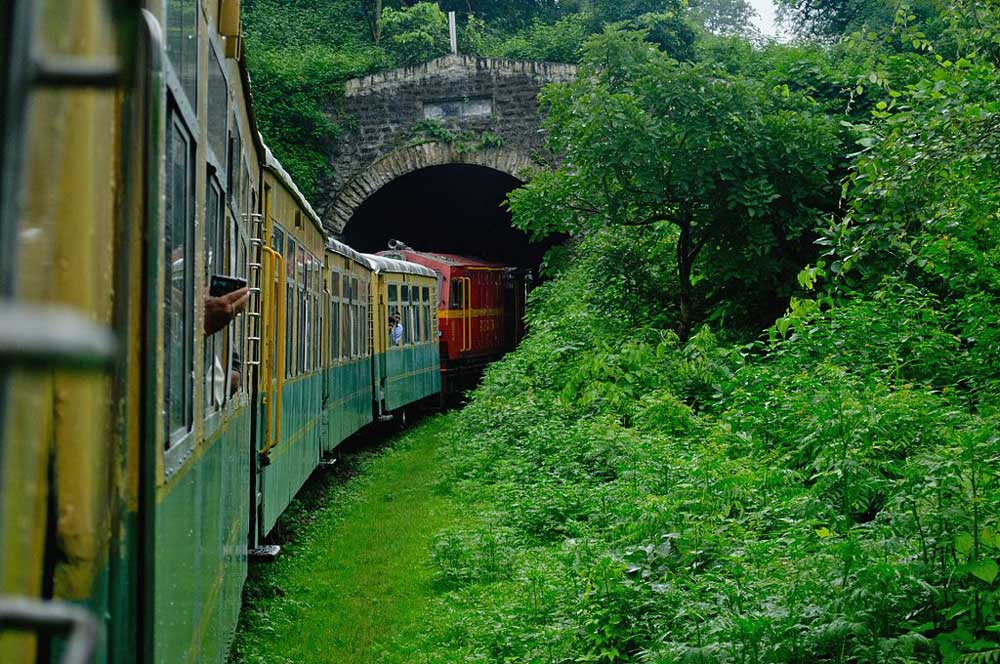 travelibro India Agra Bangalore Chandigarh Delhi Goa Hampi Jaipur Leh Manali Mumbai Shimla Udaipur India Backpacking Toy Train Ride